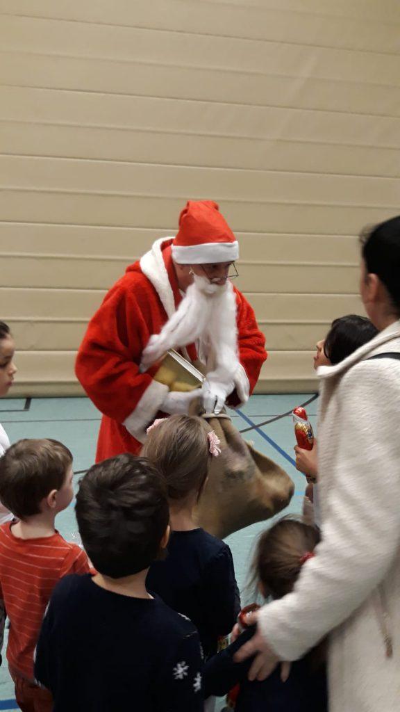 Turnen - Mehr als 100 Kinder bei der Turnschau und Nikolausfeier!