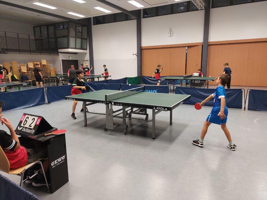 Tischtennis - eine Woche mit Siegen und Niederlagen